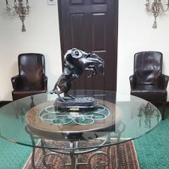 Estate Buyer waiting room